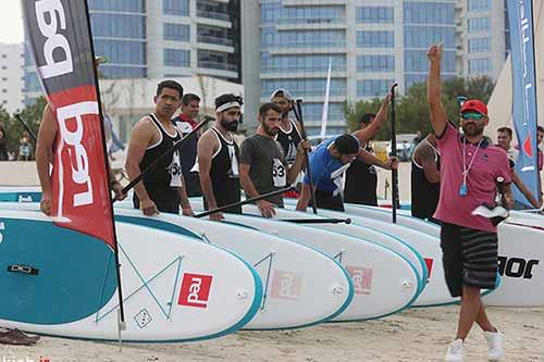 مسابقات پدل بورد در ساحل مارینا برگزار شد + تصاویر