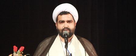 تقدیر امام جمعه کیش از خدمات فرماندهی و کارکنان انتظامی کیش در ایام نوروز