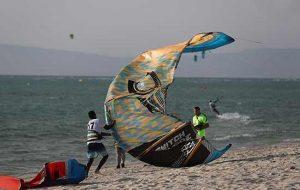 تصاویر مسابقات کایت بردینگ قهرمانی کشور در جزیره کیش